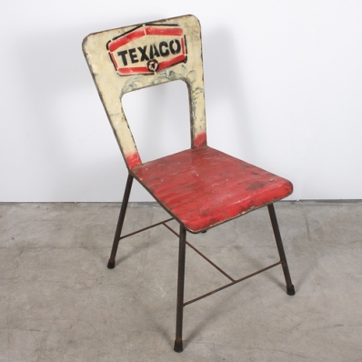 Chaise en métal recyclé Texaco