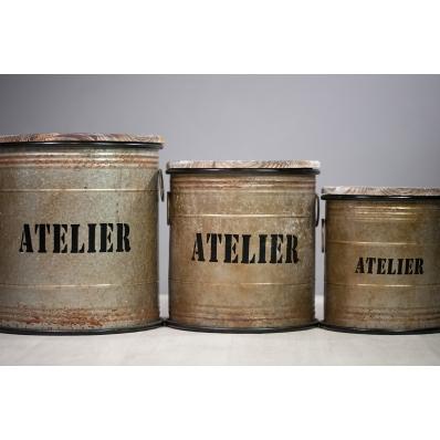 Boîtes en métal vieilli