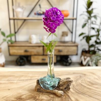Soliflore en verre soufflé sur racine de teck petit modèle