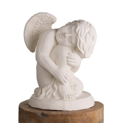 Statue ange endormi assis 50 cm blanc