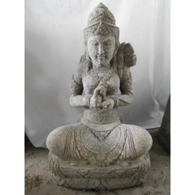 Statue déesse Tara en pierre volcanique 80 cm