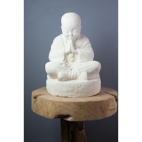 petite statue moine shaolin blanc 37 cm. Black Bedroom Furniture Sets. Home Design Ideas