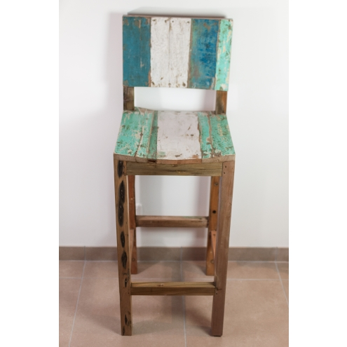 tabouret de bar avec dossier en bois de bateau. Black Bedroom Furniture Sets. Home Design Ideas