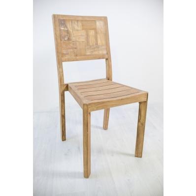 Chaise en teck massif recyclé