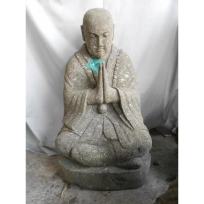 Statue moine Shaolin en pierre de lave