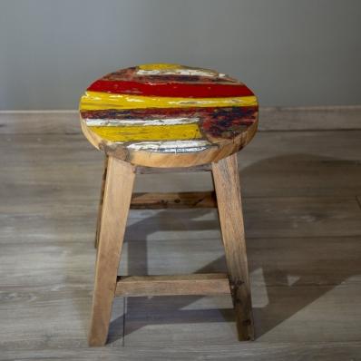 Tabouret-en-bois-de-bateau-teck-recycle-colore-containers-du-monde-33380